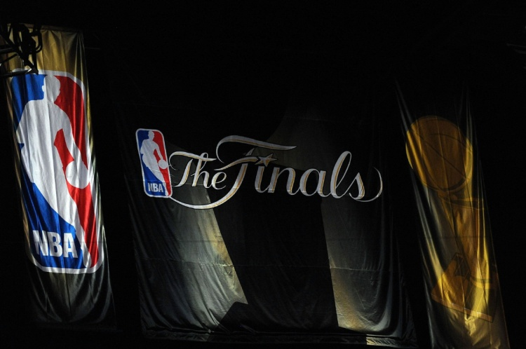 MAILMASTER  Subject: NBA final banner On 2014-01-16, at 3:31 PM, Ho, Patrick wrote: LOS ANGELES, CA - JUNE 17: A banner hangs from the walls of Staples Center before Game Seven of the 2010 NBA Finals between the Boston Celtics and the Los Angeles Lakers on June 17, 2010 in Los Angeles, California. NOTE TO USER: User expressly acknowledges and agrees that, by downloading and/or using this Photograph, user is consenting to the terms and conditions of the Getty Images License Agreement. (Photo by Lisa Blumenfeld/Getty Images) Patrick Ho Deputy Sports Editor Toronto Star  nba final banner.JPG